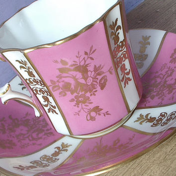 Vintage Hammersley tea cup set, pink and white English tea cup and saucer, pink tea cup, pink and gold bone china tea set