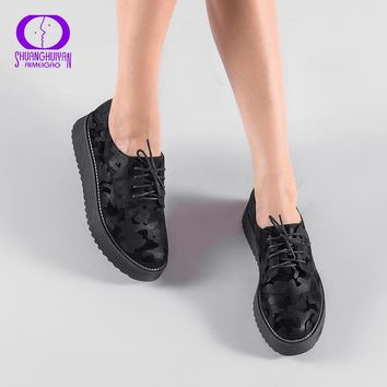 AIMEIGAO Spring Autumn Lace-up Flat Platform Shoes Thick Bottom Women Casual Shoes British Style Women Brogue Shoes