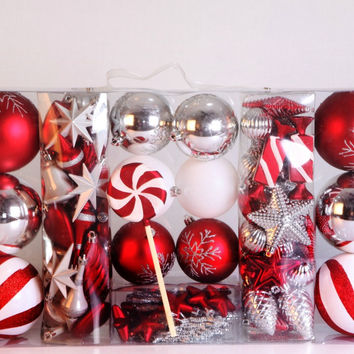 98 Piece Candy Collection Ornament Kit