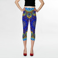 Wearable Art, custom made, exclusiv design, artful bright Capri leggings, shaping and flattering, Peacock, oriental design yoga pants tights