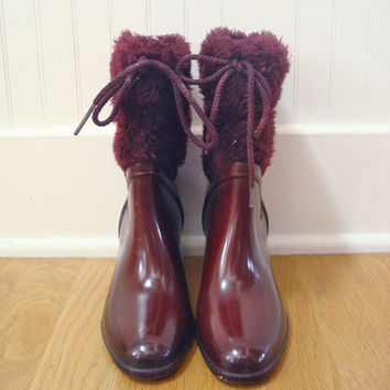Vintage 70s Rubber Boots / All Weather Maroon Boots / Waterproof Boots / Snow Bootie / Size 6