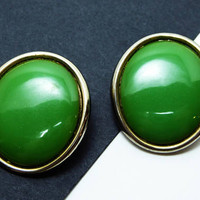 Apple Green Bakelite Earrings - Oval Clip on Earrings - Mid Century Modern - Vintage Bakelite Earrings - 1950's 1960's