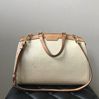 Louis Vuitton Vernis Brea MM in Blanc Corail (Ivory)