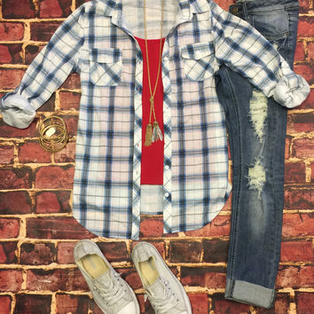 Penny Plaid Flannel Top: White/Navy