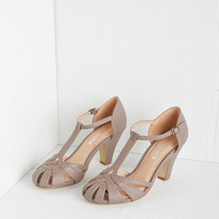 Chelsea Crew Vintage Inspired There Chic Goes Heel in Mauve