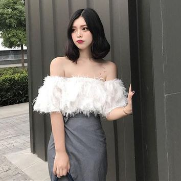 Tops and Tees T-Shirt Sexy Crop Top T Shirts Women 2018 Vintage Chic Feather Off The Shoulder Summer Crop Top Ladies Tube Top Tees T-Shirt Black White AT_60_4 AT_60_4