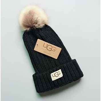 UGG Winter Hot Sale Stylish Women Men Cute Warm Knit Hat Woolen Cap Black