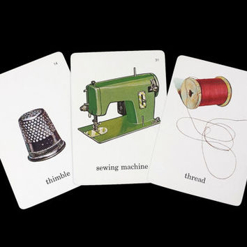 Vintage Sewing Paraphernalia Flashcards, 1960s Illustrated Picture Word Flash Cards, Retro Craft Room Decor, Paper Ephemera Scrapbooking
