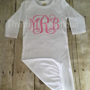 Coming home outfit girls Monogram gown~Monogramed newborn gown