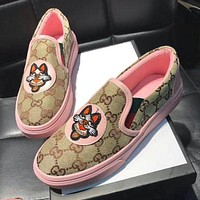 GUCCI Classic Women Casual Dog Embroidery Flat Single Shoes Fisherman Shoes Pink