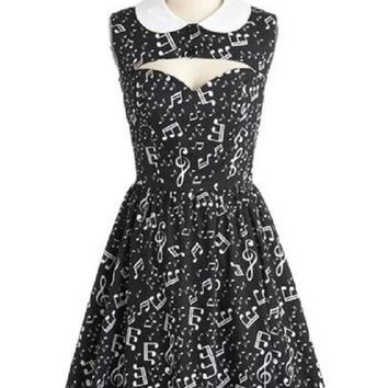 Sleeveless Peter Pan Collared Musical Notes Print Retro Dress