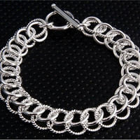 925 Silver Plated Cupronickel Alloy Crossed Rings Bracelet (Silver)