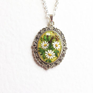 Hand painted Pendant Daisy Summer. olive green white flowers vintage style gift for her