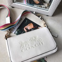 Kuyou Gb89815 Coach Grained Calf Leather Crossbody Bag With Horse And Carriage Print F72703