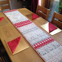 Modern Christmas table, table runner, xmas table runner, modern table runner, Christmas table runner, scandi Christmas, scandinavian xmas