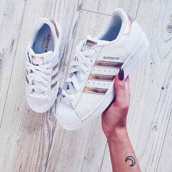 One-nice™ Adidas Fashion Shell-toe Flats Sneakers Sport Shoes White rose golden line I