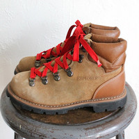 Vintage 80s Women's Classic Tan Leather Explorers Hiking Boots with Red Laces sz 7.5