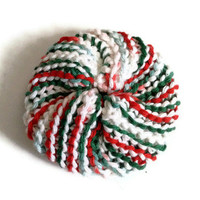 Dish Scrubbie Spiral in Red Green and White Christmas Tribble Tawashi