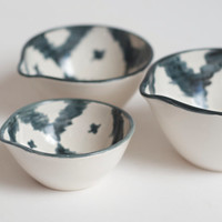 ikat nesting bowls in charcoal