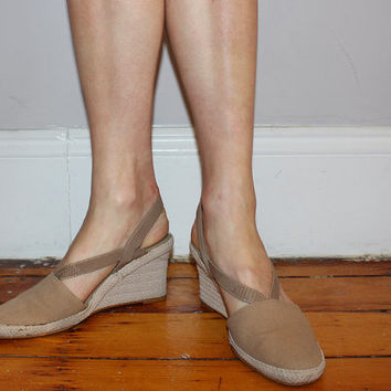 Vintage 80s WEDGE ESPADRILLES / TAUPE Canvas Shoes / Slingback Wedges / Cutout Straps / Comfy Shoes / Size 7.5 us, 38 eu, 6 aus, 5 uk