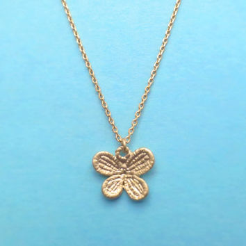 Vintage style Butterfly Necklace, Gold butterfly Jewelry, Gift for Her, Simple Dainty Necklace for Everyday