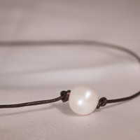 Modern Chic Single Freshwater Pearl on Brown or Black Leather Cord necklace Choker for women, mothers day, pearl lovers
