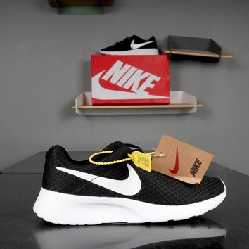 Nike Roshe Tanjun Black White - Best Deal Online