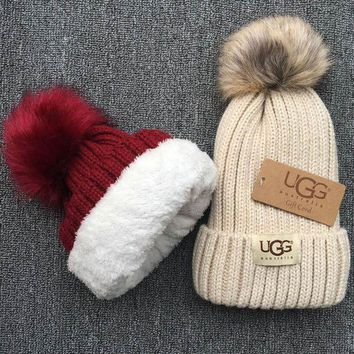 UGG Knit And Pom Hat Cap Red I