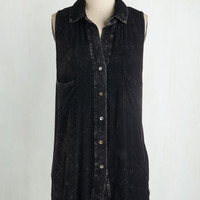 Mid-length Sleeveless Composed on the Scene Top