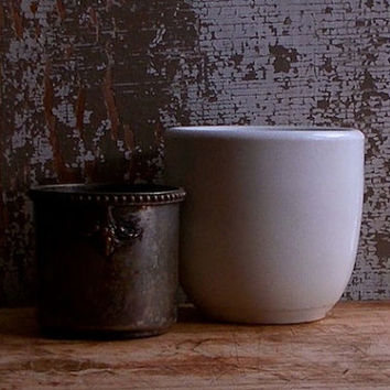 Vintage Ironstone Mortar - Heavy White Iron Stone - Apothecary Chemist Cup - Cottage Rustic Decor
