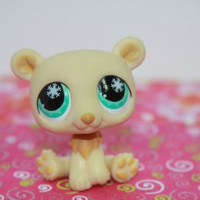 Littlest Pet Shop LPS  #759 Cream Bear with Green SnowFlake Eyes