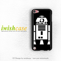 R2D2 From Star Wars Boys iPod Touch 4 Case iPod Touch 5 Case