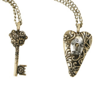 LOVEsick Heart Key Best Friends Long Necklace Set