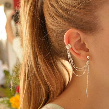 (Simple Silver Pleated Punk Style Ear Cuff)