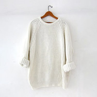Vintage natural white sweater. Oversized sweater. Chunky knit pullover. Boyfriend sweater. Soft cozy sweater.