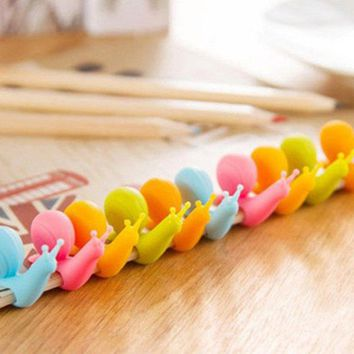 2017 New 5pcs/set Snail Shape Silicone Tea Bag Holder Cup Mug Tea Tools Candy Colors Decorative Tool With Cute Snail Design