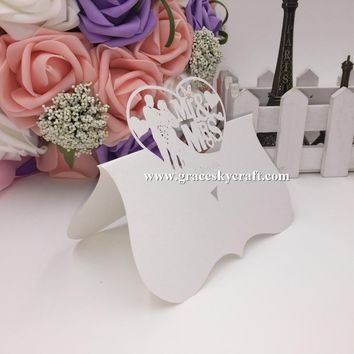 50Pcs free shipping Pearlescent Paper laser cut Wedding Invitation Seat Name table Cards Mr Mrs Bride Groom for party Decoration