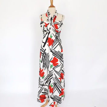Vintage 1970's Carrie Couture Maxi Gown Size Medium Beach Dress Black White Red Japenese Print Kimono Summer Sundress Honeymoon Prom Gown