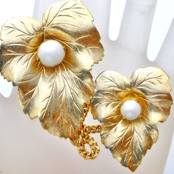 Sarah Coventry Chatelaine Pearl Brooch Pin Set Vintage