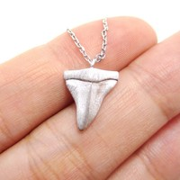 Mini Shark Tooth Boho Pendant Necklace in Silver