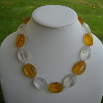 1920s-30s Sculptured Glass Necklace