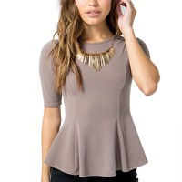 Lash Back Necklace Top