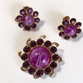 Purple Lucite Cabochon Rhinestone Floral Motif Earrings and Brooch Set Gold Tone Vintage