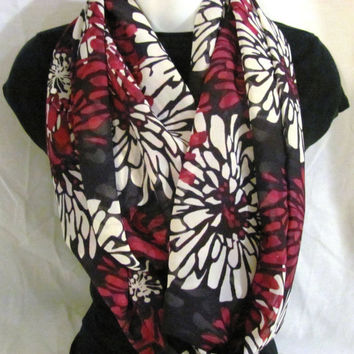 Large Flower Pattern Infinity Scarf by GBSCreations on Etsy