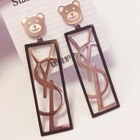 YSL temperament earrings with titanium steel studs for a variety of long bear earrings with simple short hair