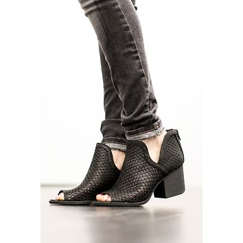 Max Impression Bootie - Black