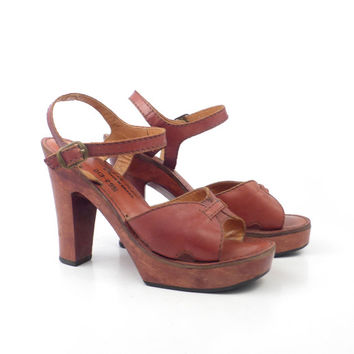 Platform Heels Vintage 1970s Whiskey Brown Leather  Wood High Shoes Sandals Women's size 6