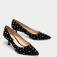 MEDIUM HEEL COURT SHOES WITH FAUX PEARLS DETAILS