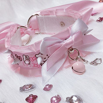 PRE-MADE - Pastel Pink and White Hello Kitty Pleated Spikes and Rhinestones Cute Collar