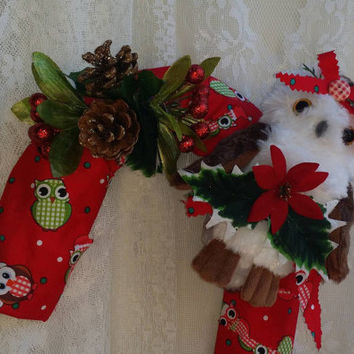 Country Owl Candy Cane Christmas Wreath, Christmas Owl Wreath, Affordable Christmas Decor, Country Holiday Gift, Owl Gift, Holiday Owl Decor